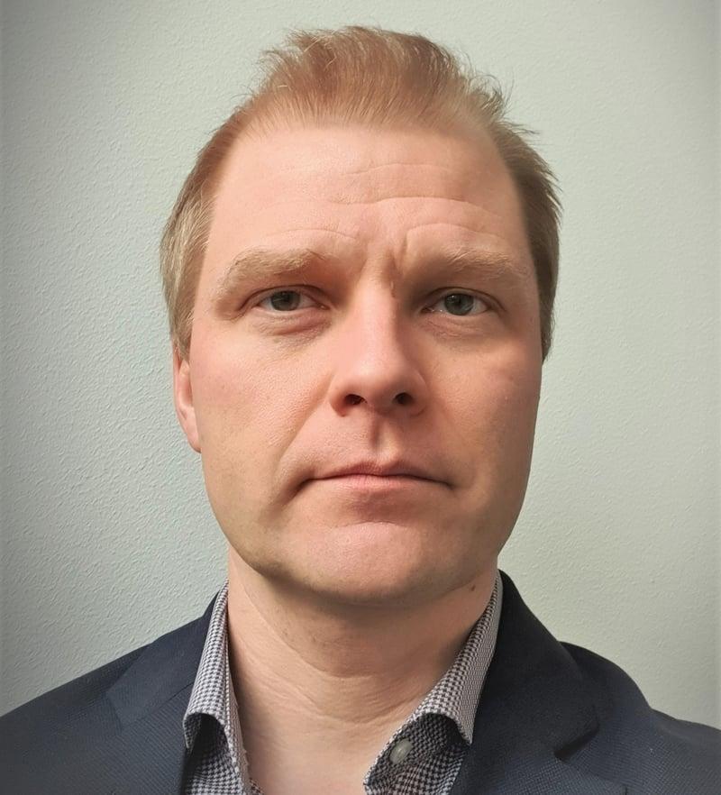 Pekka_Mild_work_profile_pic_broader (3) - Copy